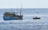 یک قایق حامل تقریباً 200 پناهجو از افریقا، در نزدیکی سواحل لیبیا واژگون شد.