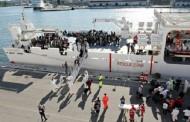 نجات ۳۴۰ مهاجر از آبهای ایتالیا در سالگرد تراژدی غرقشدن کشتی لامپیدوسا