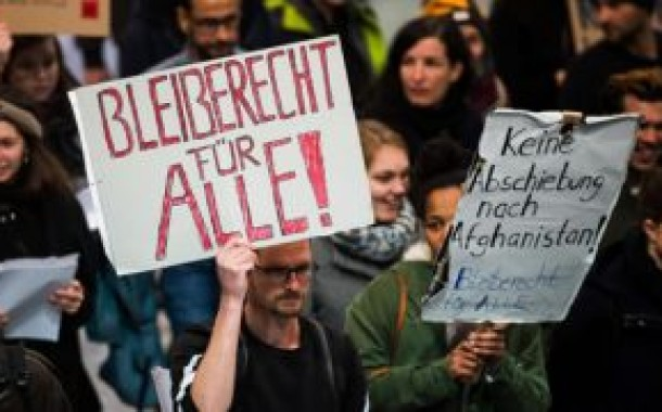 اعتراضات گسترده در آلمان به اخراج پناهجویان به افغانستان