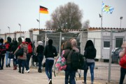 سطح پذیرش افغانها در آلمان، به حد اقل آن پایین آمد