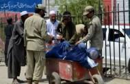 اخراج ۱۲۰۰ پناهجو در یک روز از گذرگاه مرزی تورخم به افغانستان