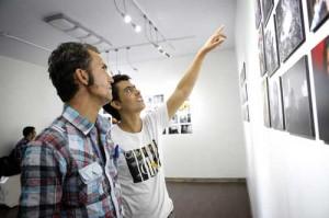 نمایشگاه پناهندگان افغان در گالری عکس تهران