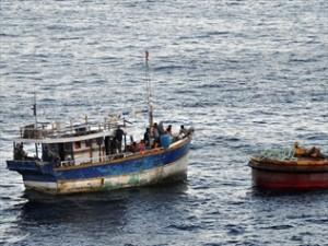 قایقی در نزدیکی جزیره آشمور متوقف شد