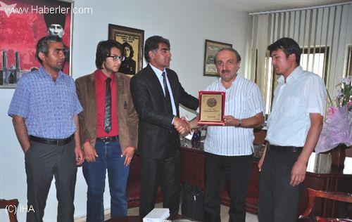 afgan-siginmacilardan-er-vak-baskani-erdal-gu-4851777_o