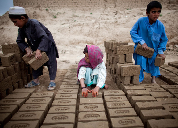 Children+Work+Kabul+Brick+Factory+2